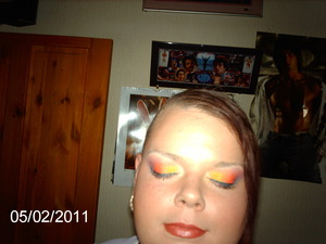 tropical inspired make up look x