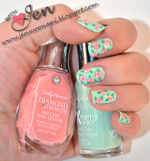 Floral Print Pattern  Sally Hansen:  230- Sweetie Pie 340- Mint Sorbet
