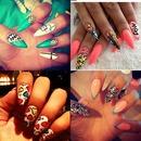 muti-colored nails