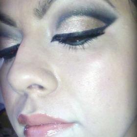 Makeup daze