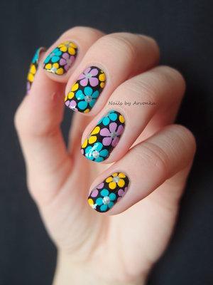 http://arvonka-nails.blogspot.sk/2014/08/kvetinkovo.html