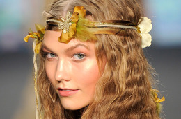 Steal Karlie Kloss's Look From Anna Sui's Spring 2014 Catwalk