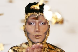 a look I did that was inspired by the story king Midas