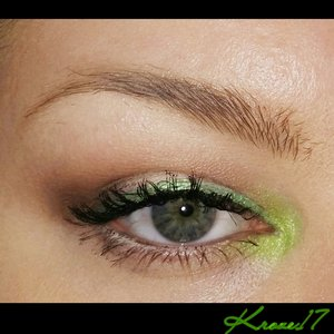 Today s #workmakeup look is bright and fun. A tad messy but fitting.  Products used: Mac Soft Ochre Paint Pot Nyx White Base Kat Von D Shade And Light Eye Palette Nyx Extreme Green Liner Physicians Formula Eye Booster Liner GlamourDollEyes Shadow in Schizophrenic (Lime Green) Stiletto Mascara Occ Color Pencil (Black) Nyx Wonder Pencil Light Anastasiabeveyhills Dip Brow Taupe  That's it!  I'm a bit shiny today since I'm at the end of my Rimmel Stay Matte Powder.   #GlamourDollEyes #GDE #Green #Rimmel #katvondbeauty #katvondlook #mac #Occ #Nyx  #workmakeup #makeup #makeuptrends #beauty #beautyproducts #beautyshot #cosmetics  #makeuplook #inspiration #instabeauty #instamakeup #creative #Kroze17