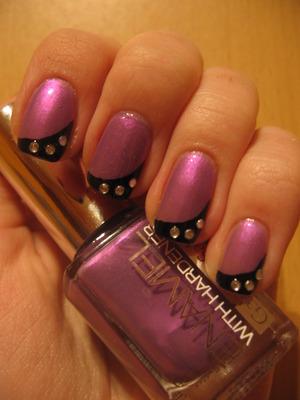 http://arvonka-nails.blogspot.com/2012/03/gabriella-salvete-116-rhinestones.html