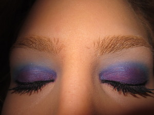 mally volumizing mascara, tarte multipleye liner, sugarpill pressed shadows- poison plum on lid, afterparty in crease & tako on top