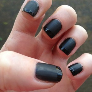 Base coat maybelline black onyx and then i applied essie matte about you and for the french tip i used sally hansen mega shine top coat