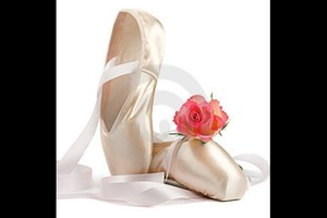 I saw this cute pic of pointe shoes on Bing! Since I'm a ballet dancer I decided to post it :)