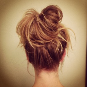 Messy bun created by my hair whisperer, Creighton Bowman!