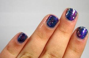 http://www.southernsparklenailart.blogspot.com/2013/12/galaxy-nails.html