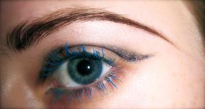 Experimental eye design. Focus; runway/fashion makeup. Influence; Diorshow, Dior couture.