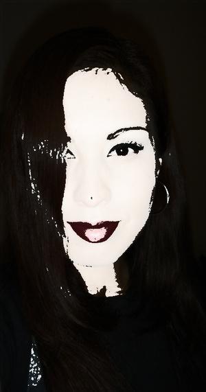 Playing around with photobucket, I just adore this MAC Viva Glam I