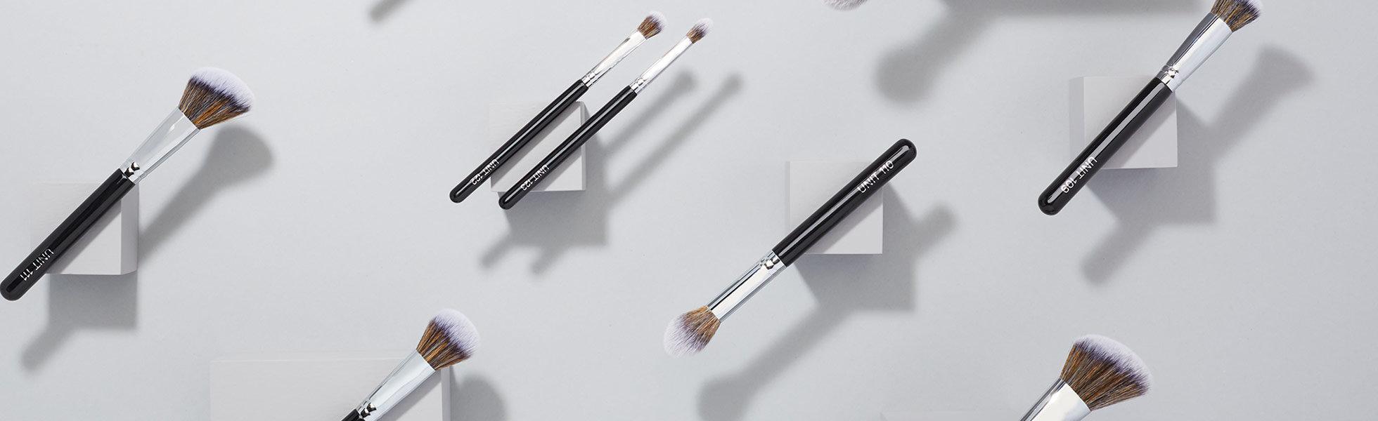 UNITS makeup brushes