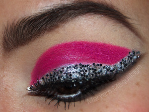 Glitter Liner Reinvented: Highlighters and Hardware http://www.maryammaquillage.com/2012/02/eye-reinvented.html