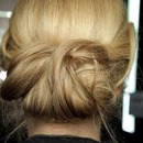 Milan Fall 2011 Fashion Week Hair Trend Report: Dolce & Gabbana 3