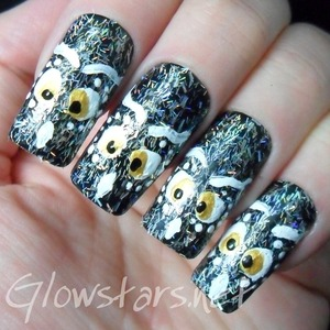 For more nail art and other entries in this challenge visit http://glowstars.net
