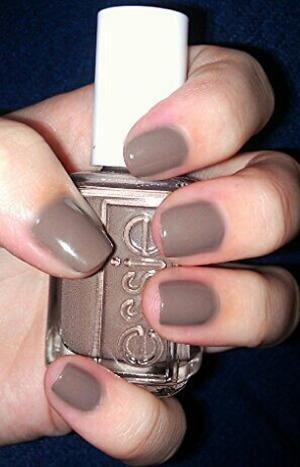 Essie in chocolat brown!