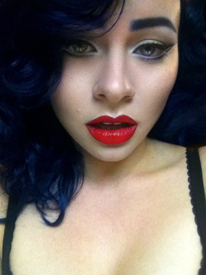 Sophia Loren inspired liner