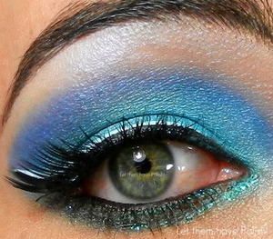 A mermaid inspired look with Lime Crime and Lit Cosmetics