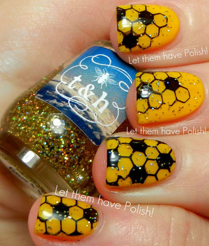 A hive inspired look with twee and Honey in Pineapple Express and stamping plate DRK_A