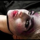 Distressed Lolita