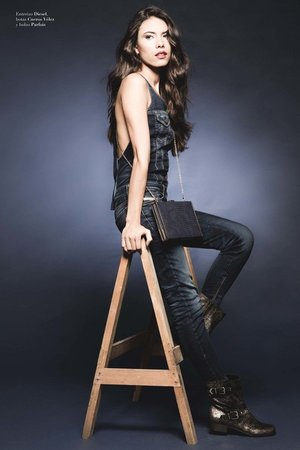 Photography: Jose Sarmiento  Production & Styling: Tatiana Moreno Penagos Makeup: Lina Toro  Model: Marcela Tano