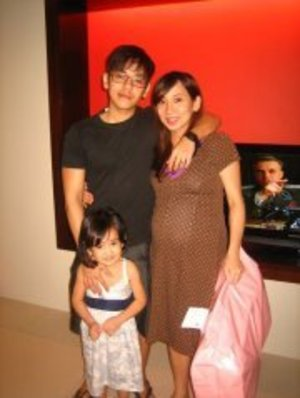 My family.. :) I'm a proud wifey and momma.. :)