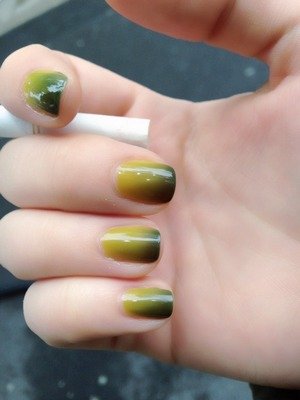 Thermo lacque nail