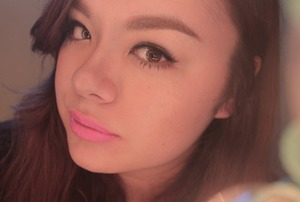 A simple makeup look featuring MAC Candy Yum Yum.