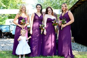 Soft natural makeup look for all of the bridesmaids for Sarah's special day.