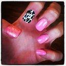 Pink glitter nails 💅💖