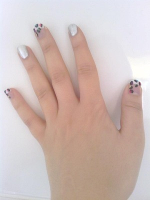 Inspired by a design from cutepolish