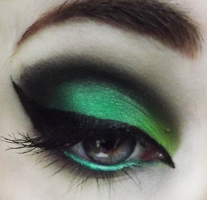 I think I'm addicted to green!