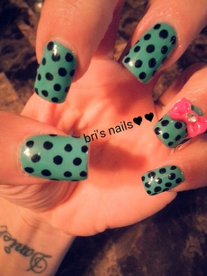 aqua polished on acrylic w/blk polka dots pink bow