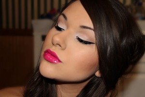 Winged Liner and Girl About Town l/s