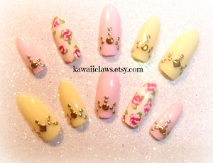 Stiletto pastel with gold stud designs and painted roses