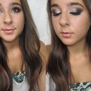 Champagne and Teal Smoky Cat Eye Look