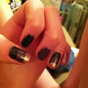Color blocked nails with an added sparkle!