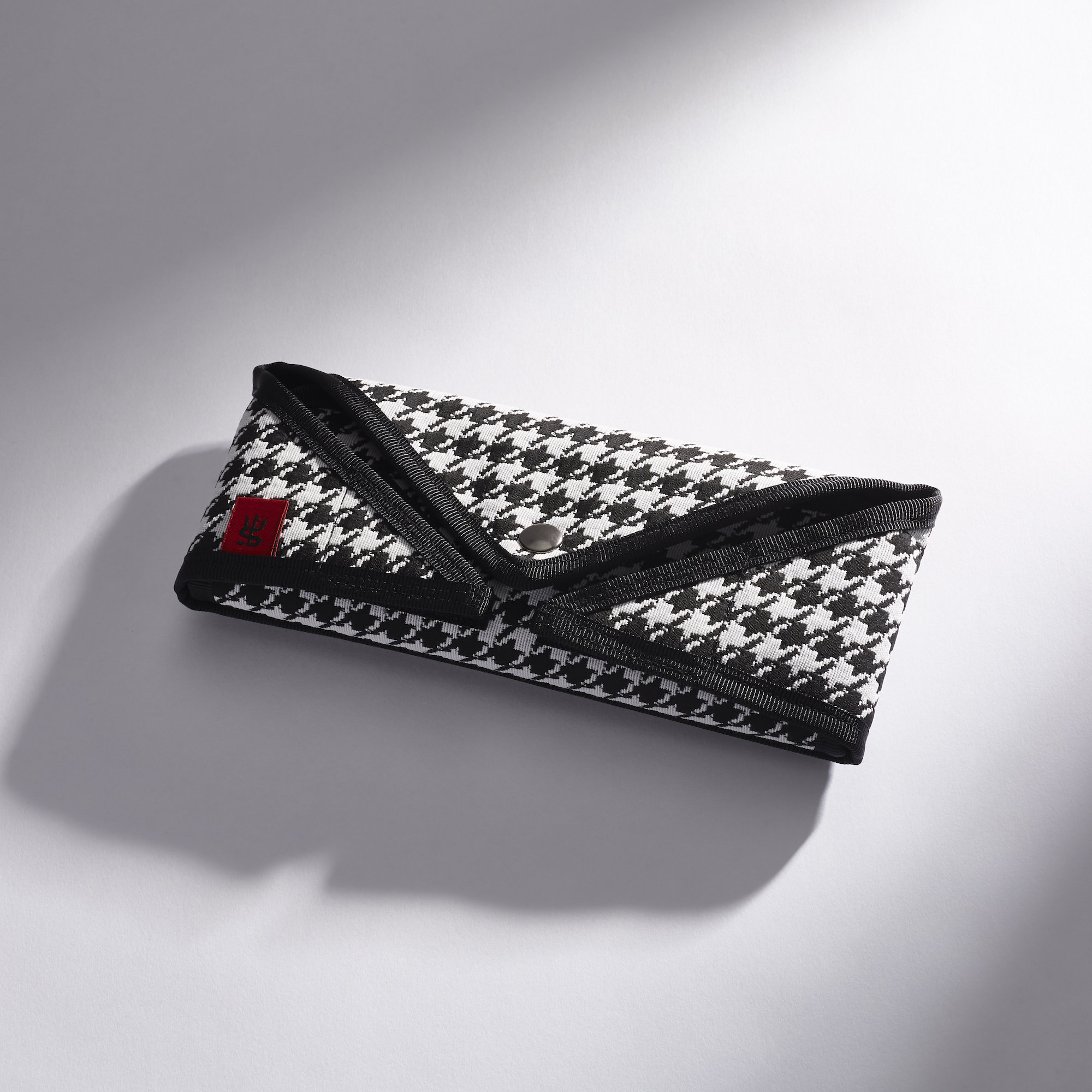 Alternate product image for The Houndstooth Brush Envelope shown with the description.