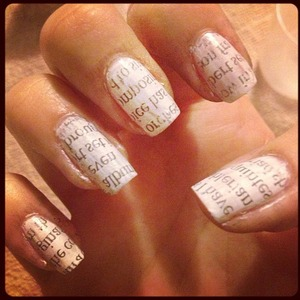 Quick & Easy newspaper printing on nails.