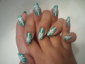 Tiffany Box inspired nails.