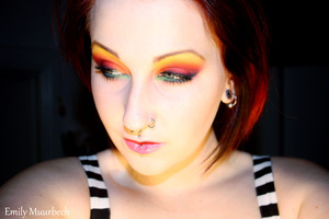 Rainbow look inspired by the pixiwoo sisters :)  http://trickmetolife.blogg.se