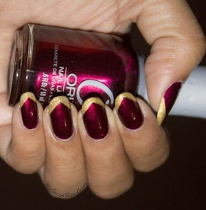 Find the tutorial at: http://www.bellezzabee.com/2013/10/busy-girl-nails-fall-2013-challenge_20.html