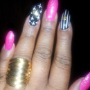 b day nails