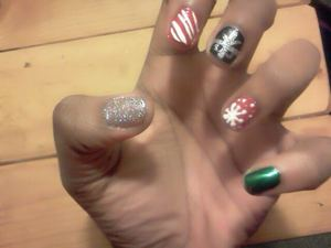 christmas 2011 nails :D
