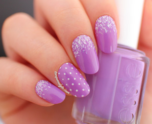 New nail shape!  More photos & info here: http://www.lacquerstyle.com/2014/01/radiant-orchid-nail-art-featuring-essie.html