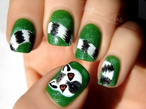 http://spellboundnails.blogspot.com/2012/11/l-is-for.html