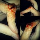 Split Finger Makeup