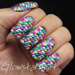 Read the blog post at http://glowstars.net/lacquer-obsession/2015/05/the-digit-al-dozen-does-geometric-geometric-bling/