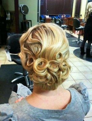 The Great Gatsby prom theme. | Beautylish